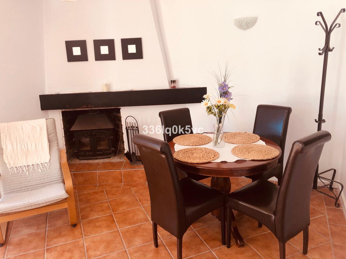 Apartamento en Venta en Benahavís – R3736408