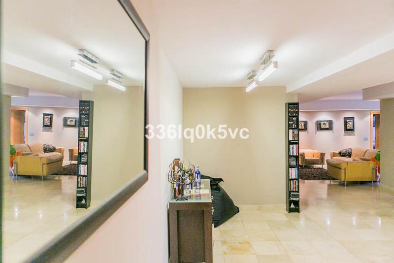Apartamento Planta Media, Benahavís – R2814707