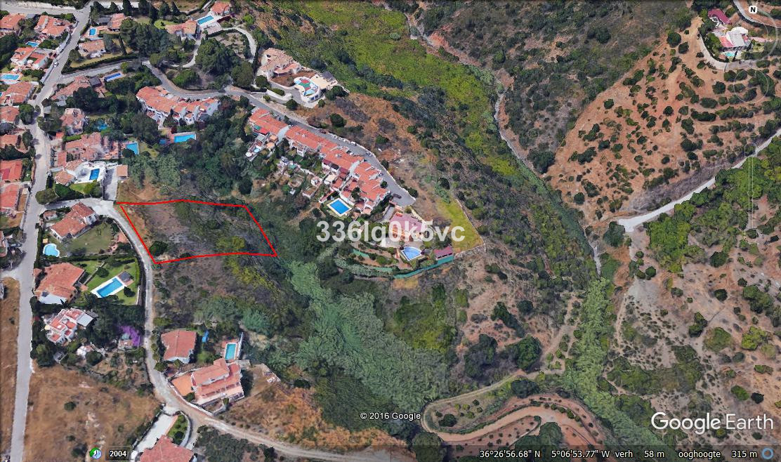 Spacious plot not far from the coast. In a quiet area, looking out to the mountains and nature in th,Spain