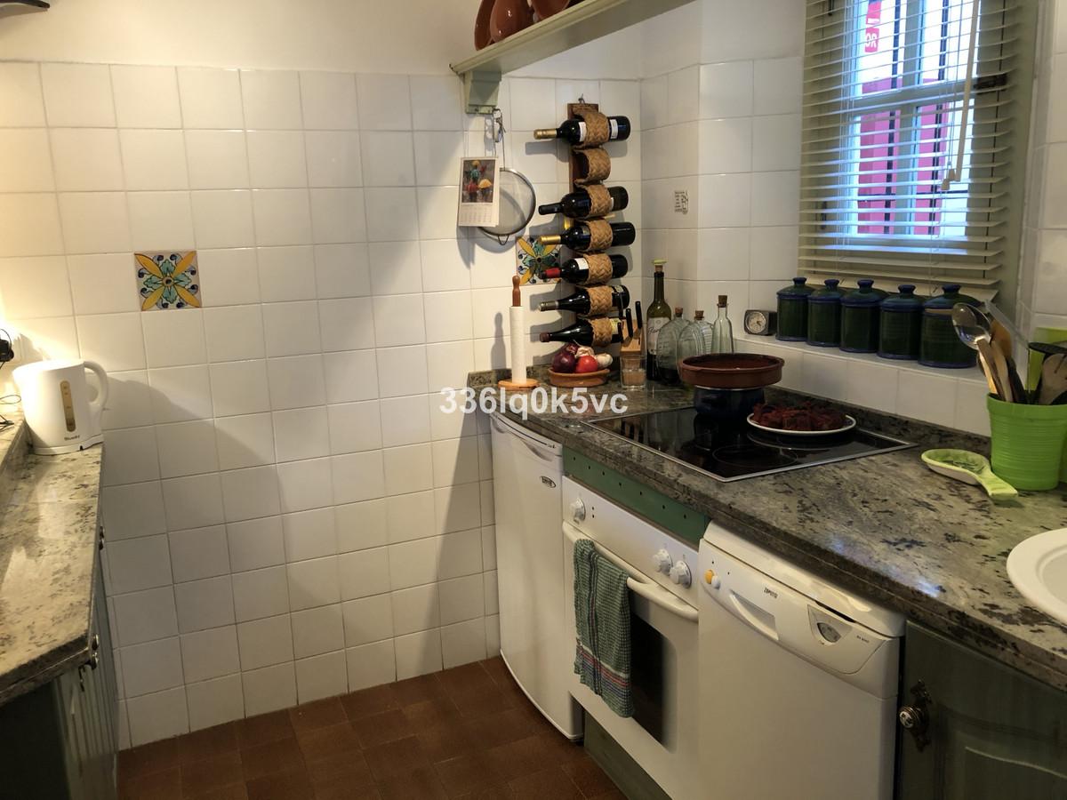 Apartamento en Venta en Benahavís – R3736429