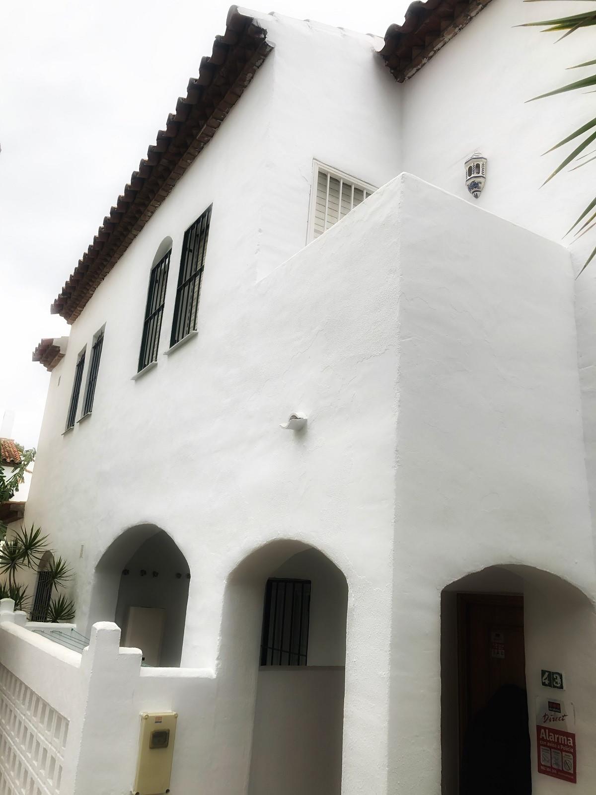 Marbella Banus Adosado en Venta en Cancelada – R3806365