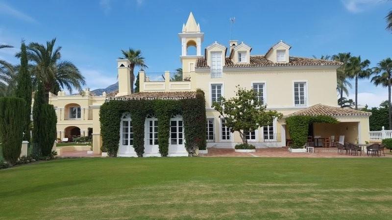 Villa – Chalet, Marbella – R3255937