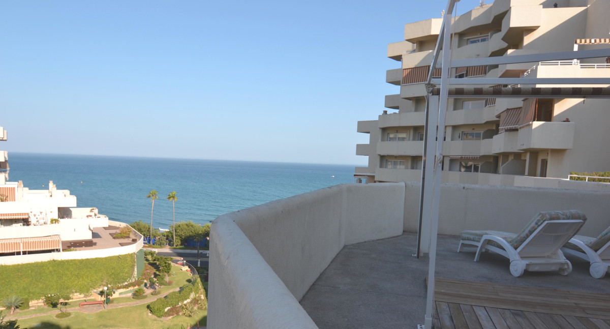 APARTMENT FOR SALE IN BENALBEACH, APARTMENT IN SECOND LINE BEACH WITH SEA VIEWS AND TO THE MOUNTAIN.,Spain