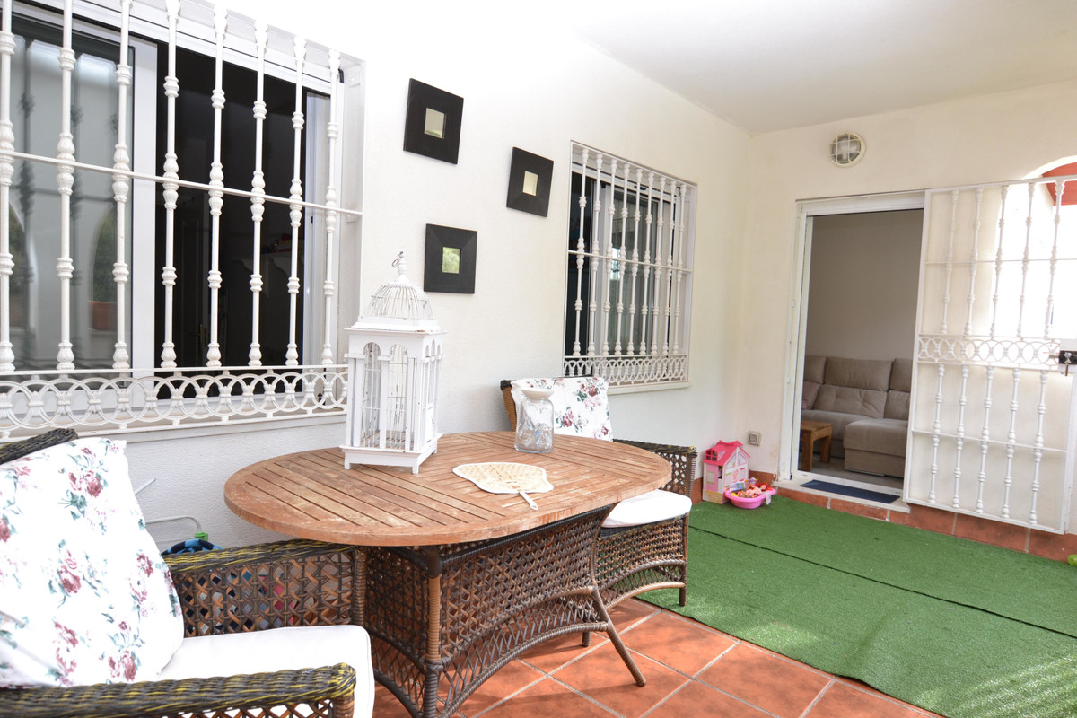 Apartment Middle Floor in Benalmadena Pueblo, Costa del Sol