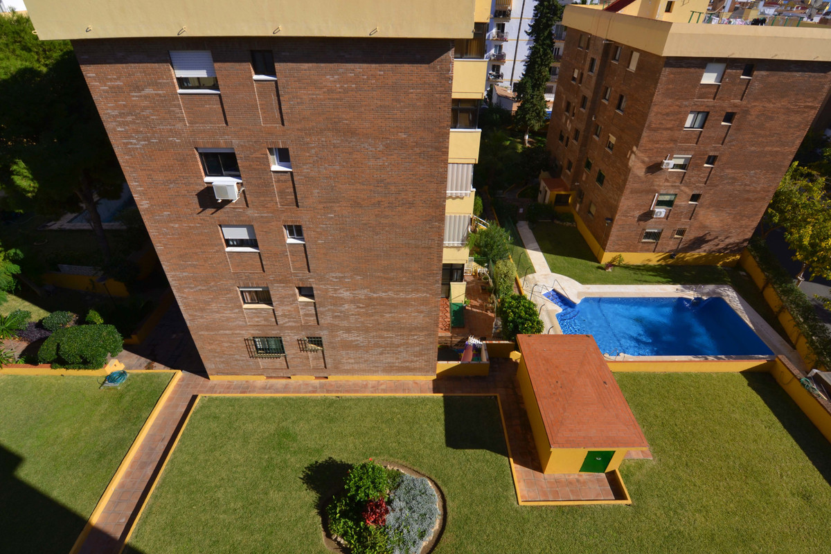 Unbeatable location.Apartment in the center of Arroyo de la Miel. Last floor corner. Oriented to the, Spain