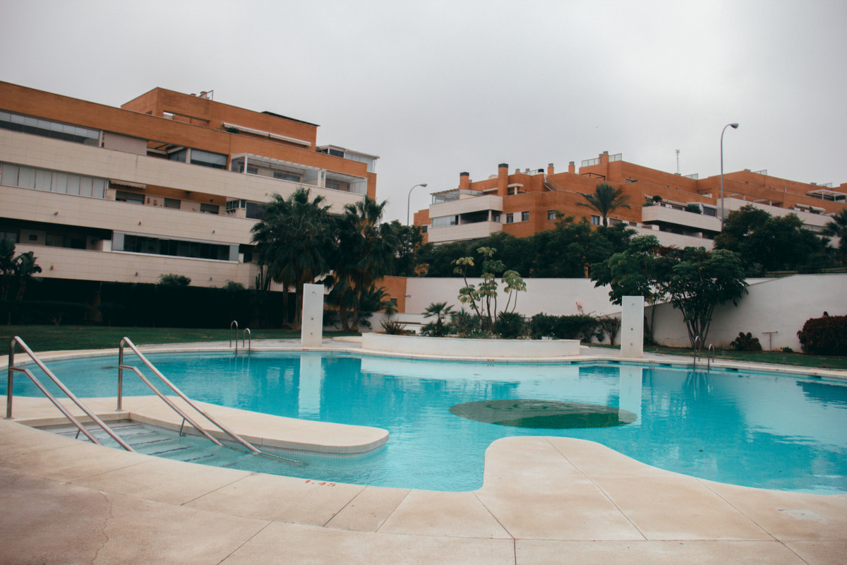 Its location near the pines of Torremolinos and in an excellent urbanization with gardens, swimming , Spain