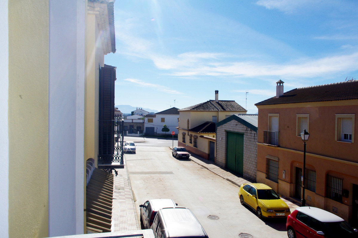 Incredible townhouse, beautiful where you look, very bright with details of category and excellent f,Spain