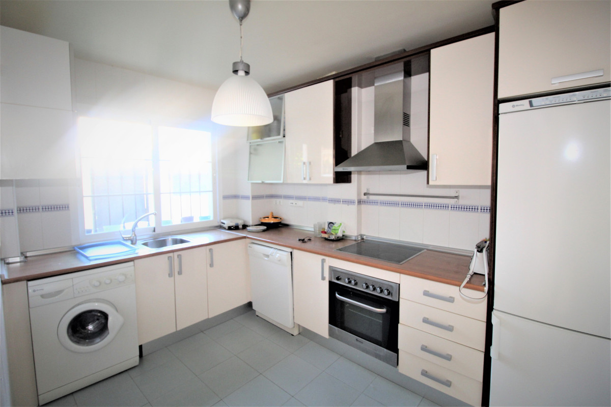 Unifamiliar con 3 Dormitorios en Venta Nueva Andalucía