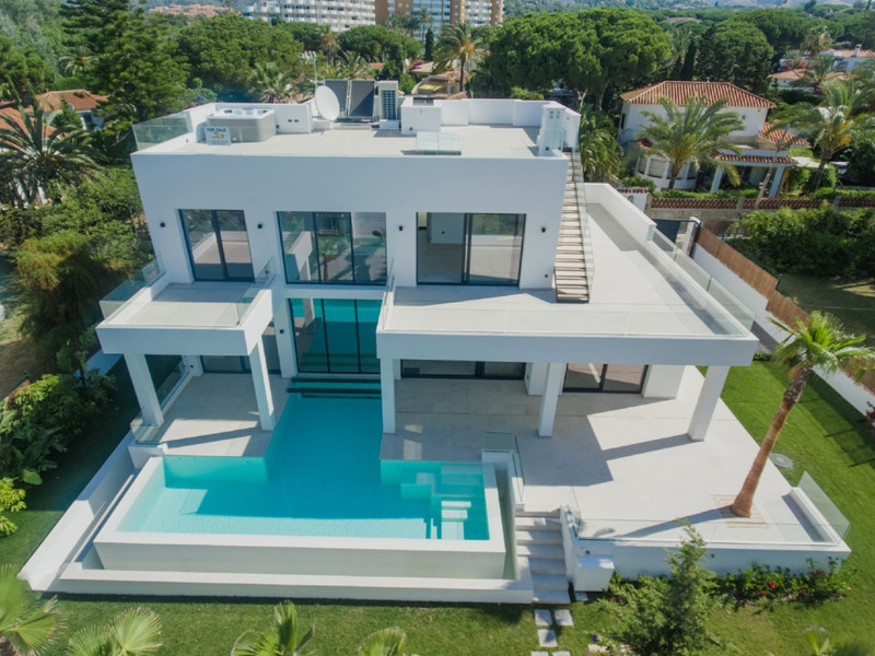 Villas In Marbella 10