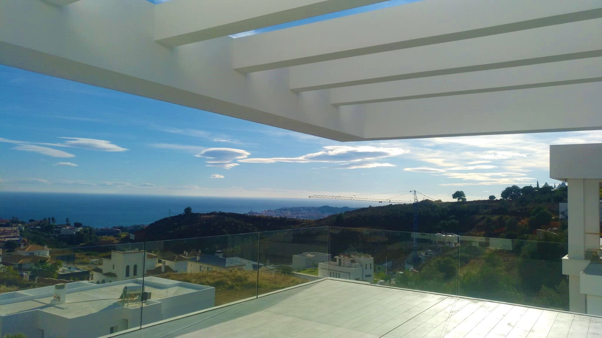 Contemporary & luxury villa, recently completed in January / 2020, with spectacular views over t,Spain