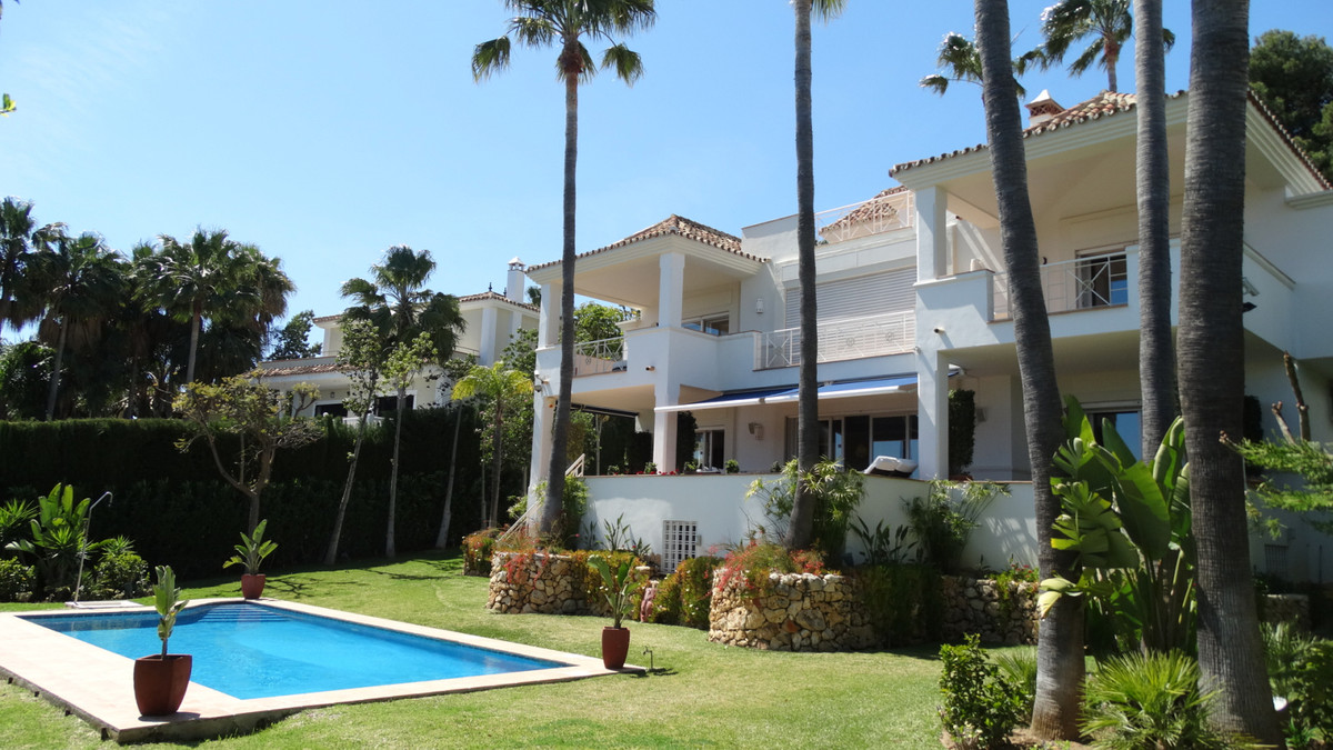 Villa Til salg i Río Real R3353998