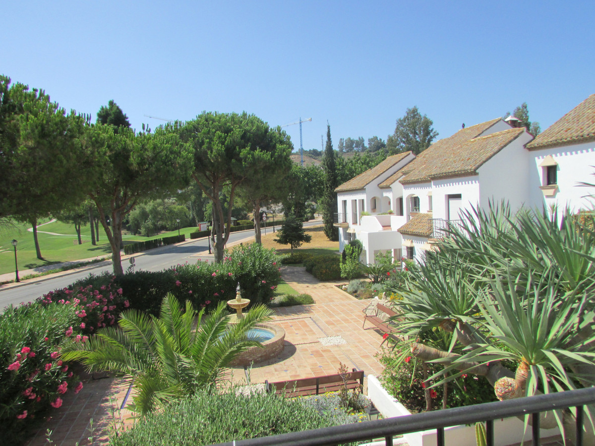 Unbeatable location - 3 Bedrooms Townhouse Lovely terrace featuring amazing views to the golf, mount, Spain