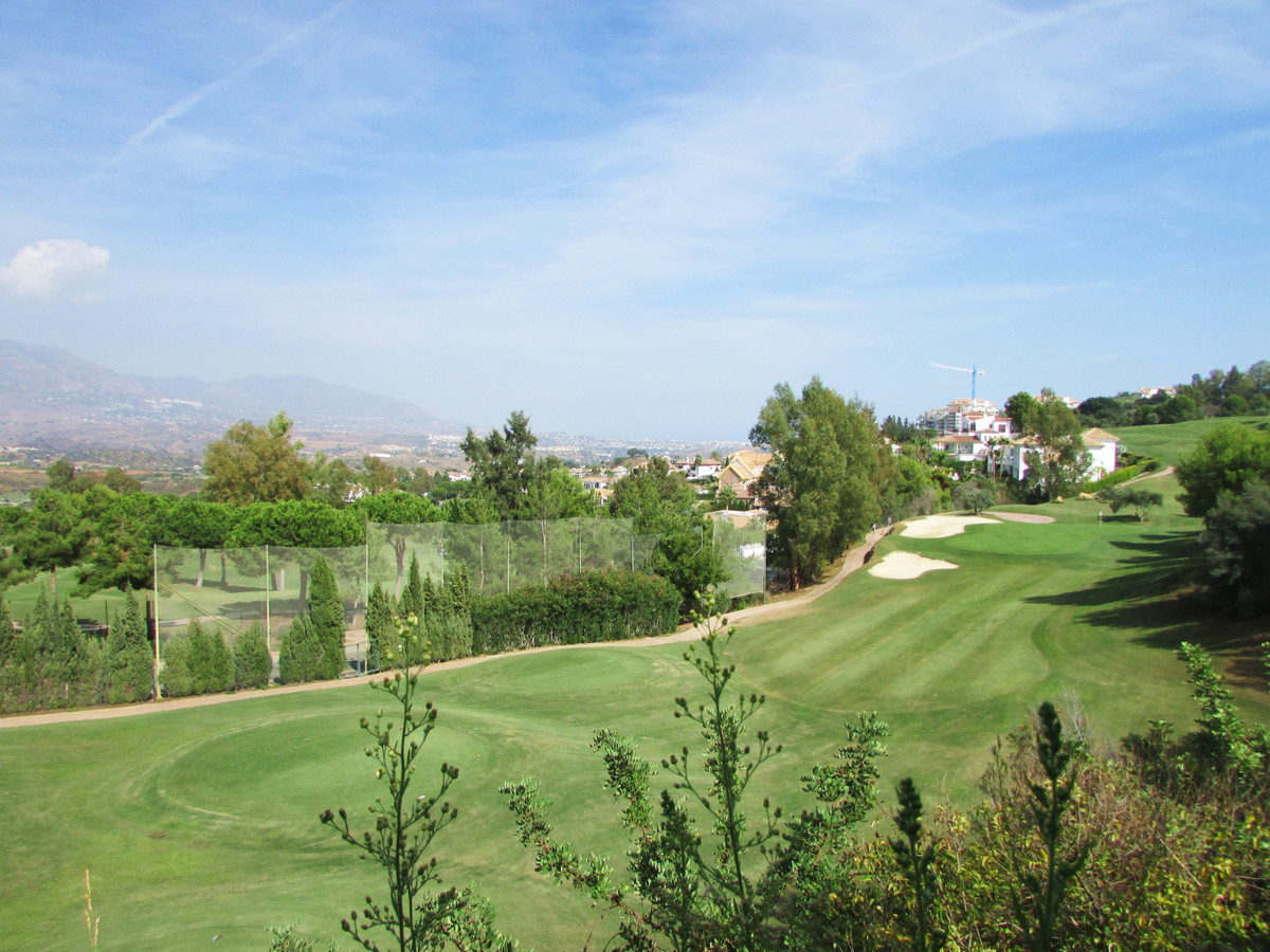 Large two bedroom townhouse with private garden  Luxurious finishings, comfortable distribution and ,Spain