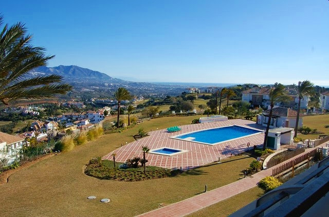 Ample apartment 3 bedrooms with open views  Enjoy the spectacular views to the golf valley and sea f,Spain