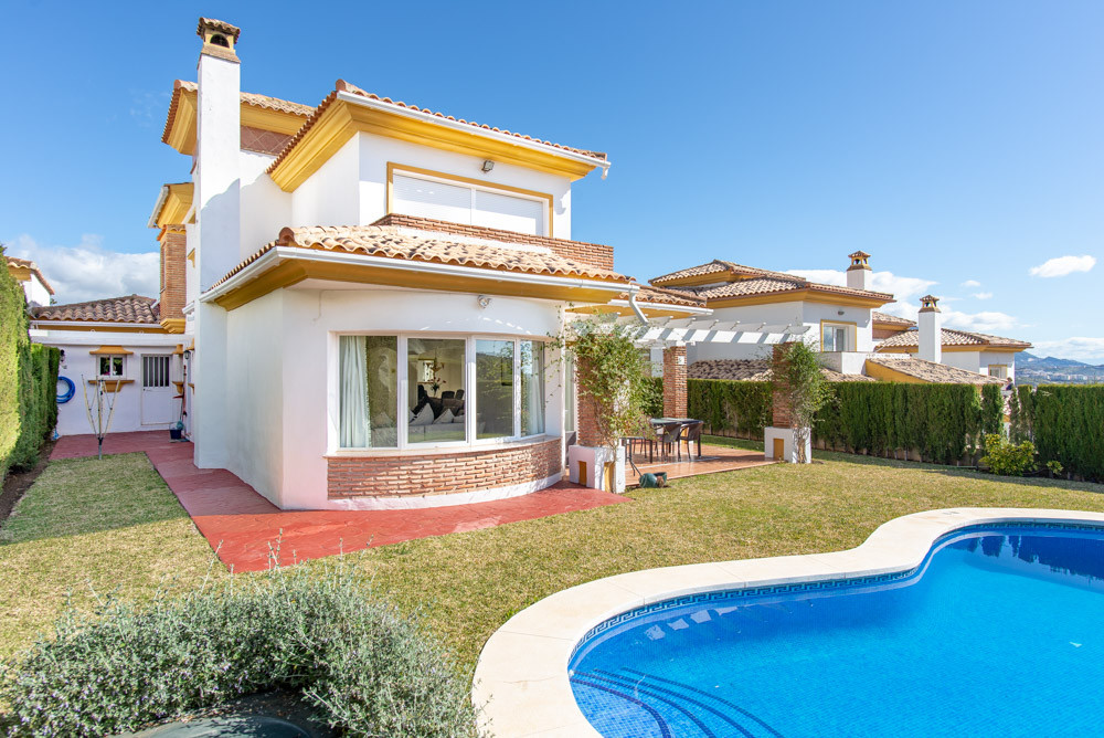 Exclusive 4 Bedroom South Facing Villa Within one of the best Golf Resorts, front line golf, with pr,Spain