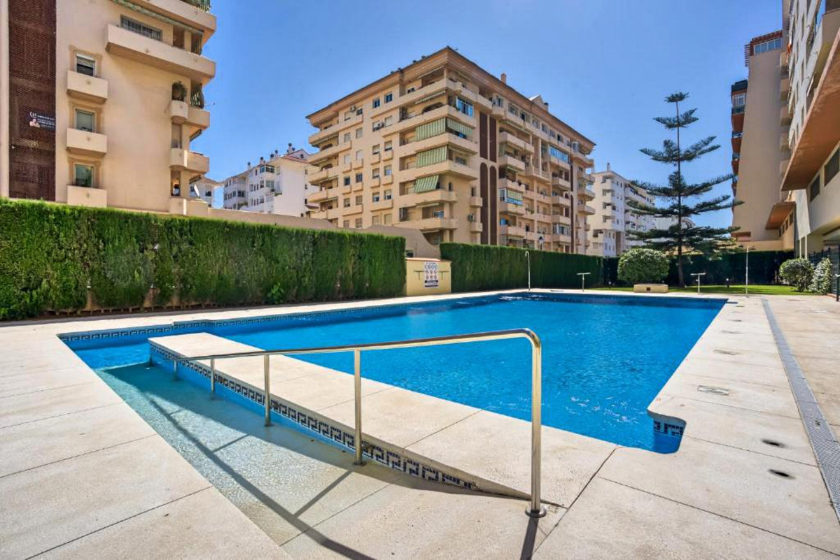 EXCEPTIONAL LOCATION - LOS BOLICHES / FUENGIROLA - APARTMENT WITH GARAGE AND POOL JUST A FEW MINUTES,Spain
