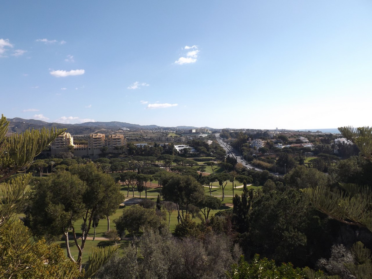 Modern penthouse apartment in a prime location with spectacular sea and golf views. This property is,Spain
