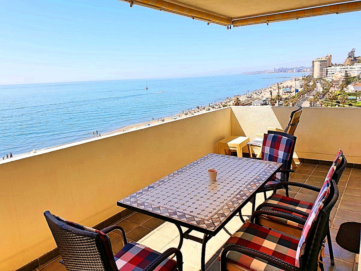 Reduced from €450,000 to €399,000- Fantastic beachfront penthouse with the best possible sea views f,Spain