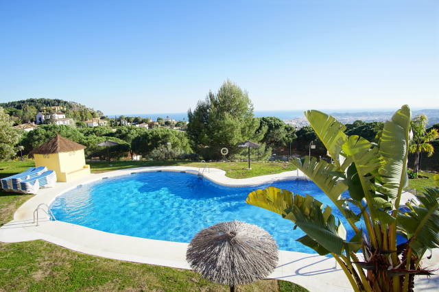 MODERN PROPERTY - SUPER VIEWS- PRIVATE POOL-  Spectacular semi detached modern house with panoramic ,Spain