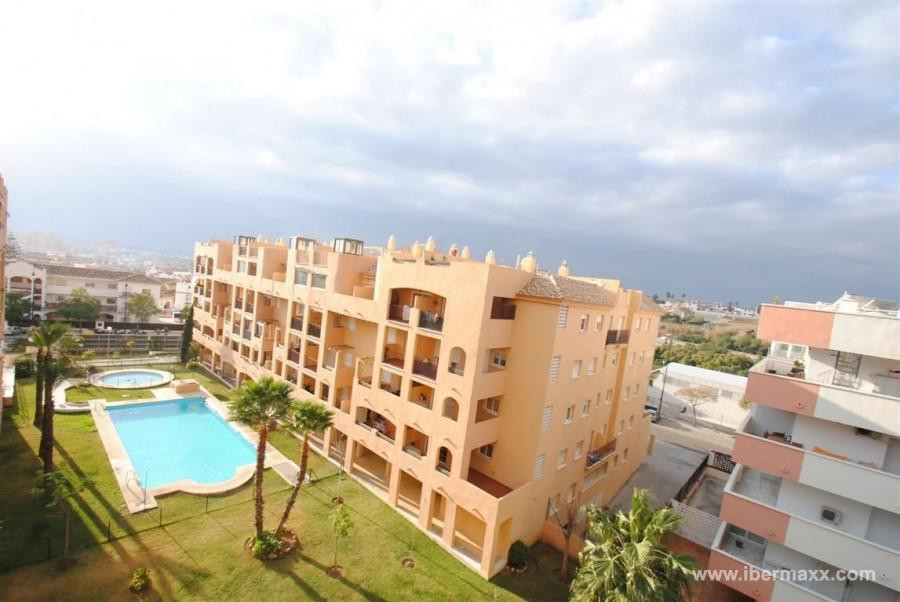PENTHOUSE WITH HUGE TERRACE- Fantastic penthouse apartment in a prime location close to all amenitie,Spain