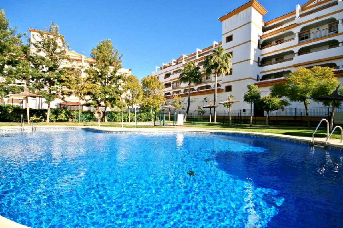 Middle Floor Apartment for sale in Mijas Golf
