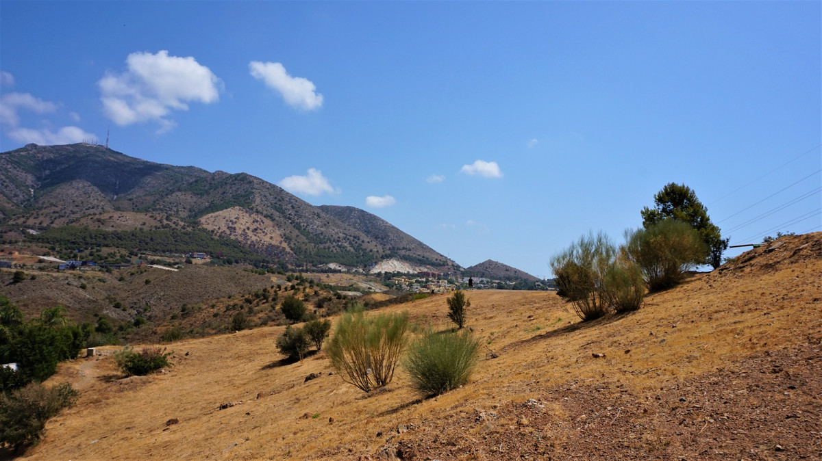 Plot in Fuengirola