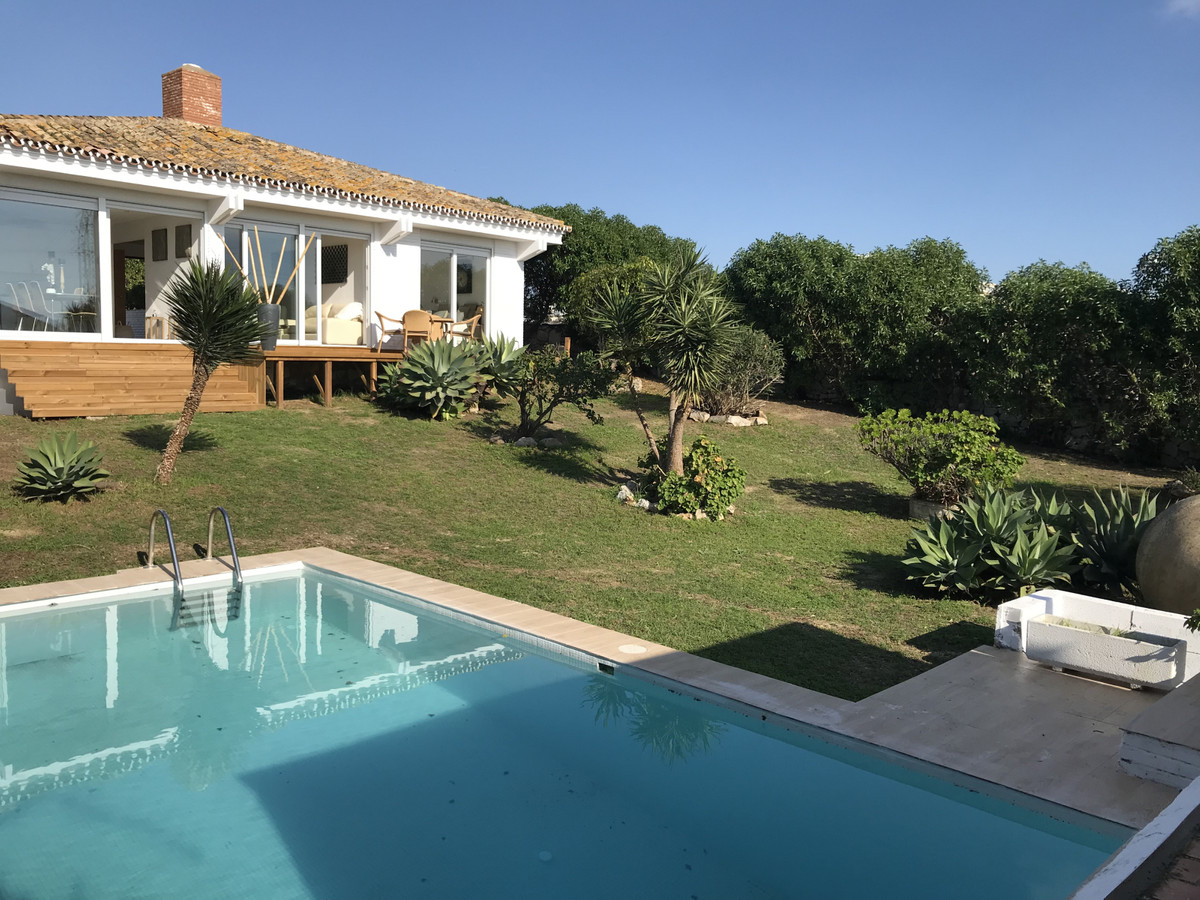 Fabulous one level villa renovated in modern Scandinavian style located close to the beach and ameni,Spain