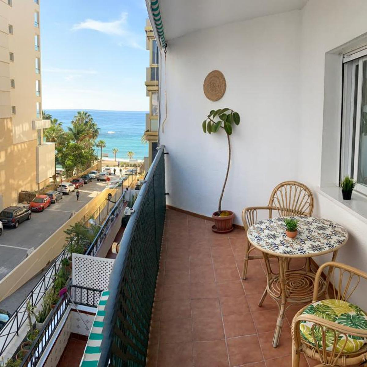 Marbella Banus Apartamento en Venta en Marbella – R3863113