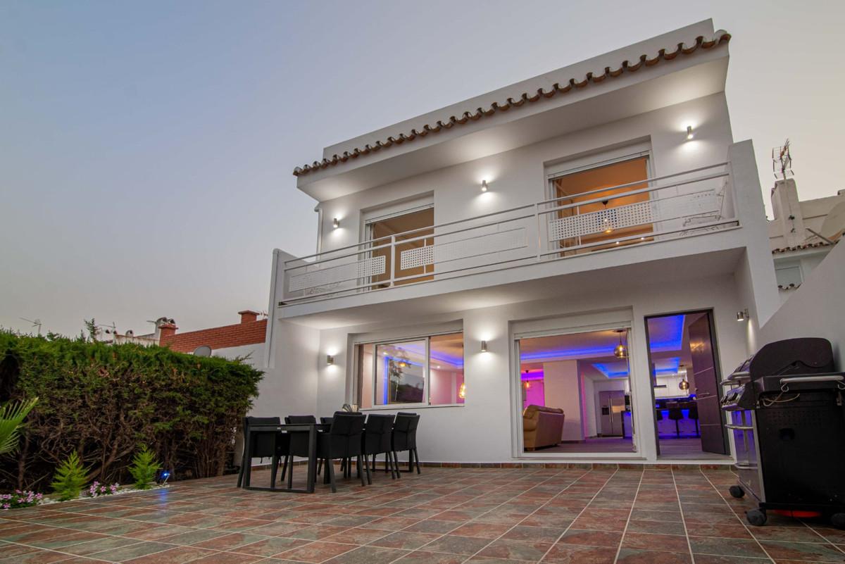 Maison mitoyenne en vente à Atalaya R3862966