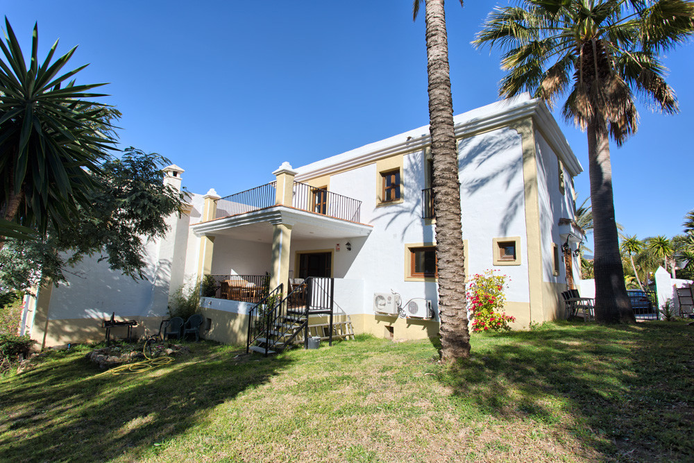 An amazing four bedroom villa recently renovated in the highly desirable gated development of La Res,Spain