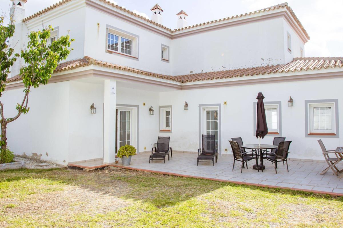 Villa in La Alcaidesa