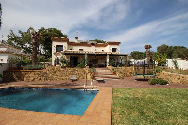 Detached villa with stunning sea views in Lomas del Pozuelo, Marbella. This property is very private,Spain