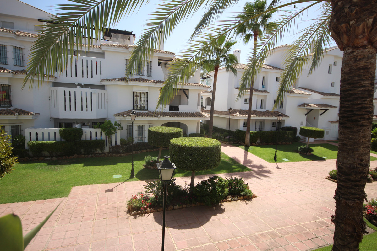 3 Bedroom Apartment for sale Nueva Andalucía
