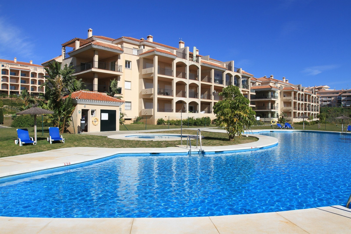 Beautiful penthouse with a wonderful sea view and a huge terrace. 3 bedrooms, 2 bathrooms, a spaciou,Spain
