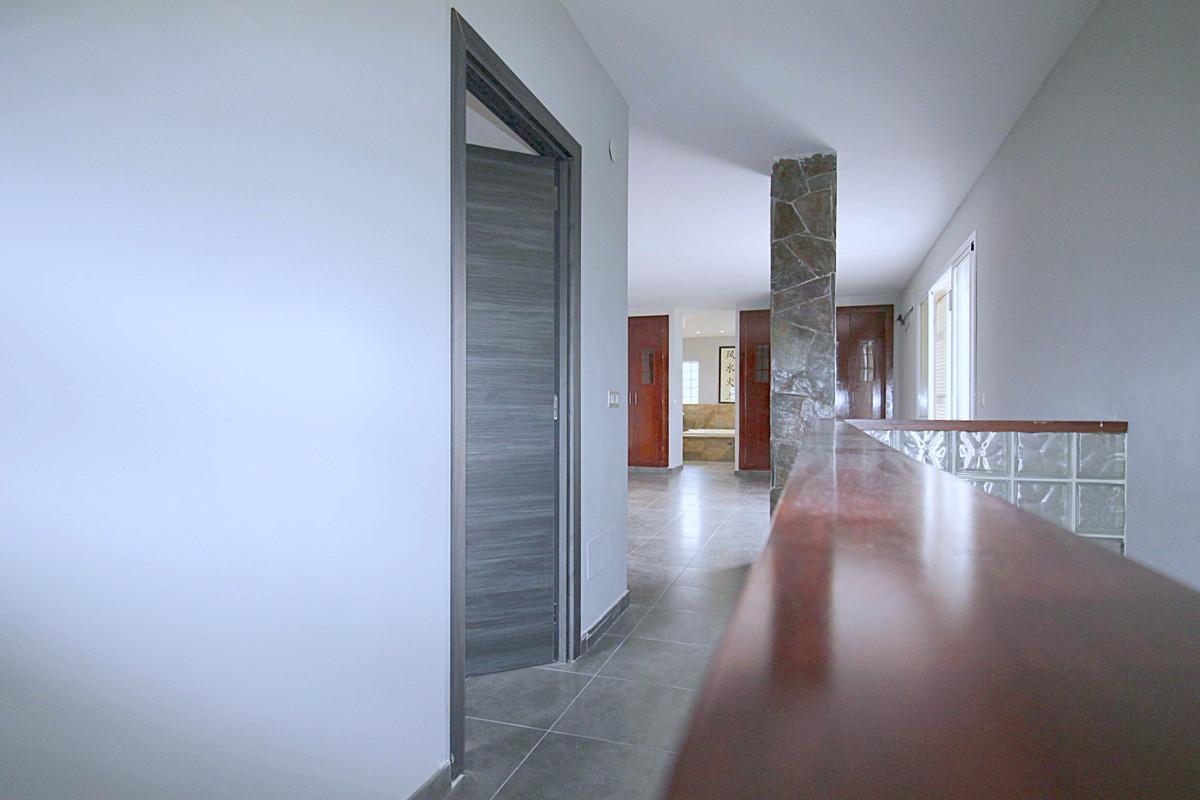 House en Alhaurín de la Torre R3710831 18