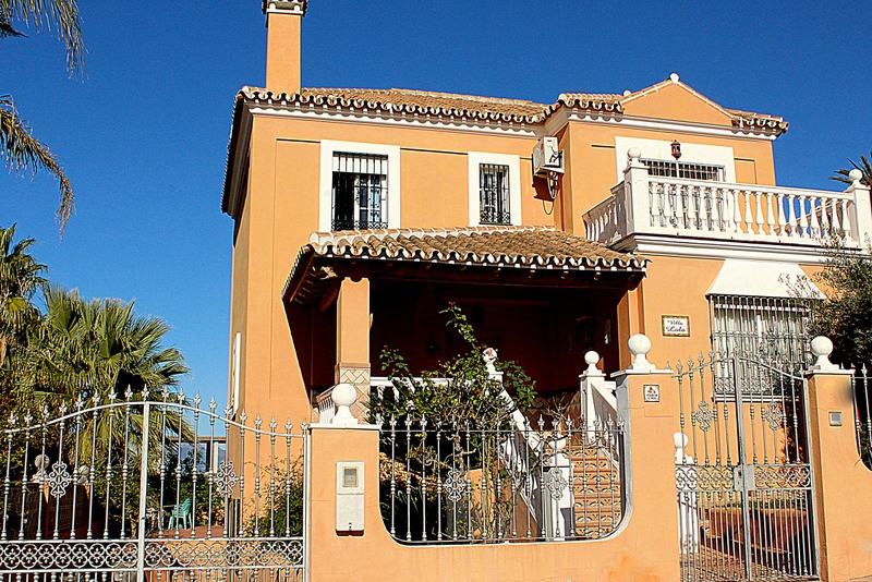 Very very nice and cosy country house of 130m2 in an idyllic location in Coin 6 km from the supermar, Spain