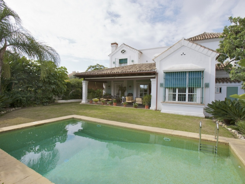 Magnificently located villa in Marbella, in one of the best areas around the city center and near to,Spain