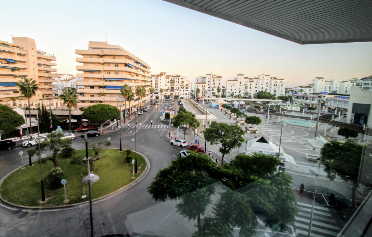 0 Bedroom Commercial for sale Puerto Banús
