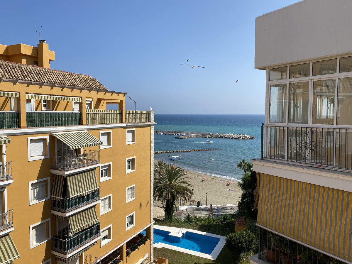 Spacious apartment on the beachfront in Paseo Maritimo de Marbella Nice views from its two terraces ,Spain
