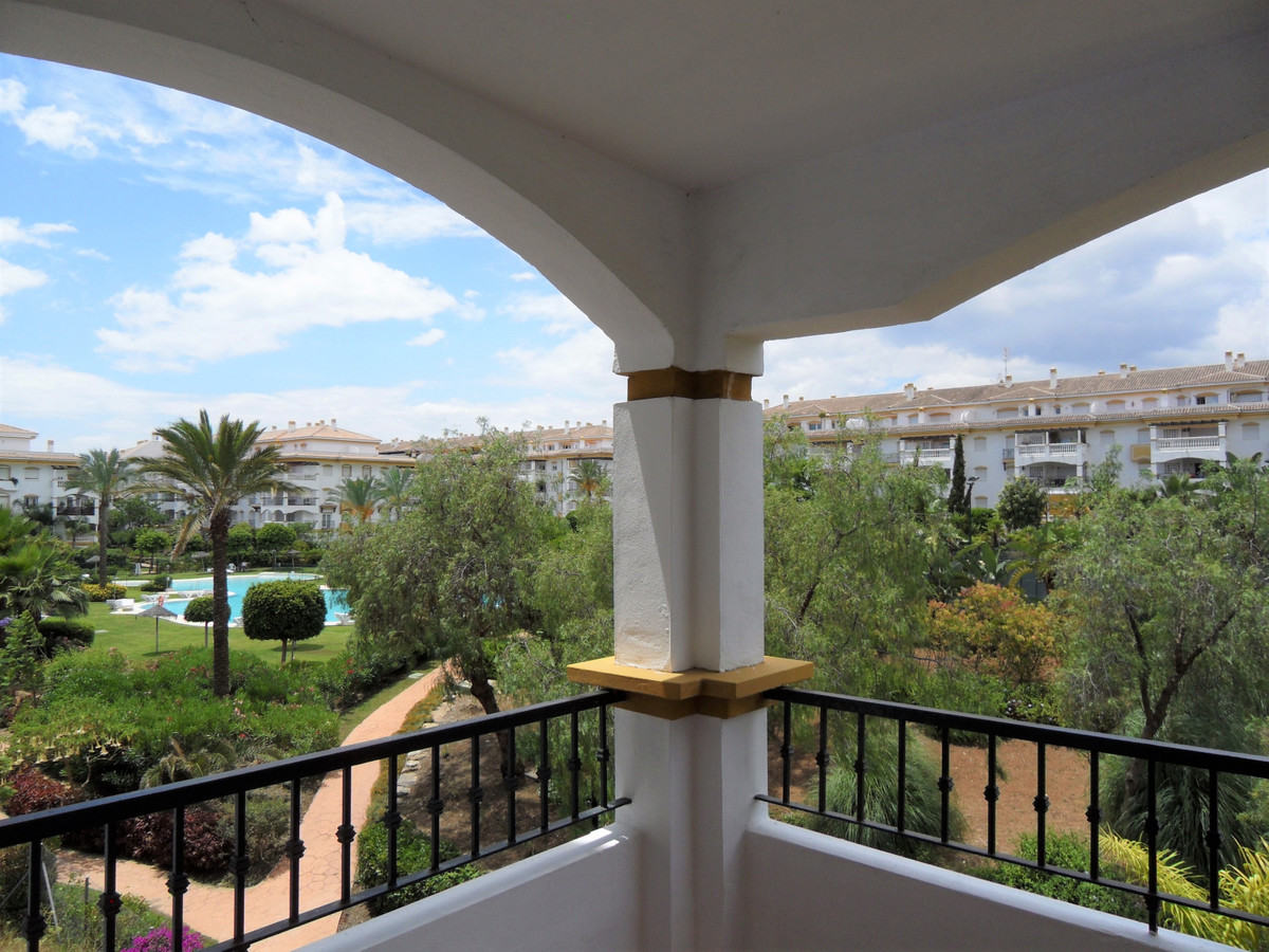 Apartment Middle Floor Puerto Banús Málaga Costa del Sol R2367269 9