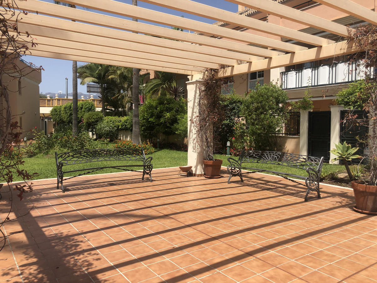 Ground floor with Large Terrace in Jardines de Lunamar, modern construction next to the best beach i,Spain
