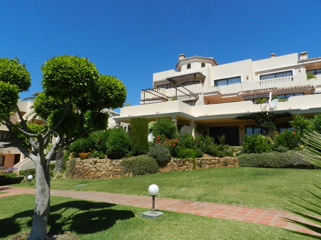 Elegant apartment in a Santa Maria Golf well known complex Huge terrace with nice sea and mountain v, Spain