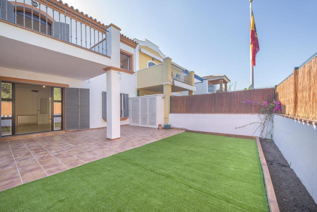 Unifamiliar  Adosada en venta   en Guadalmina Alta