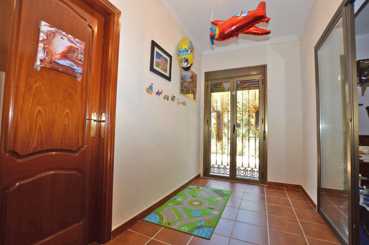 House in Alhaurín de la Torre R3893149 32