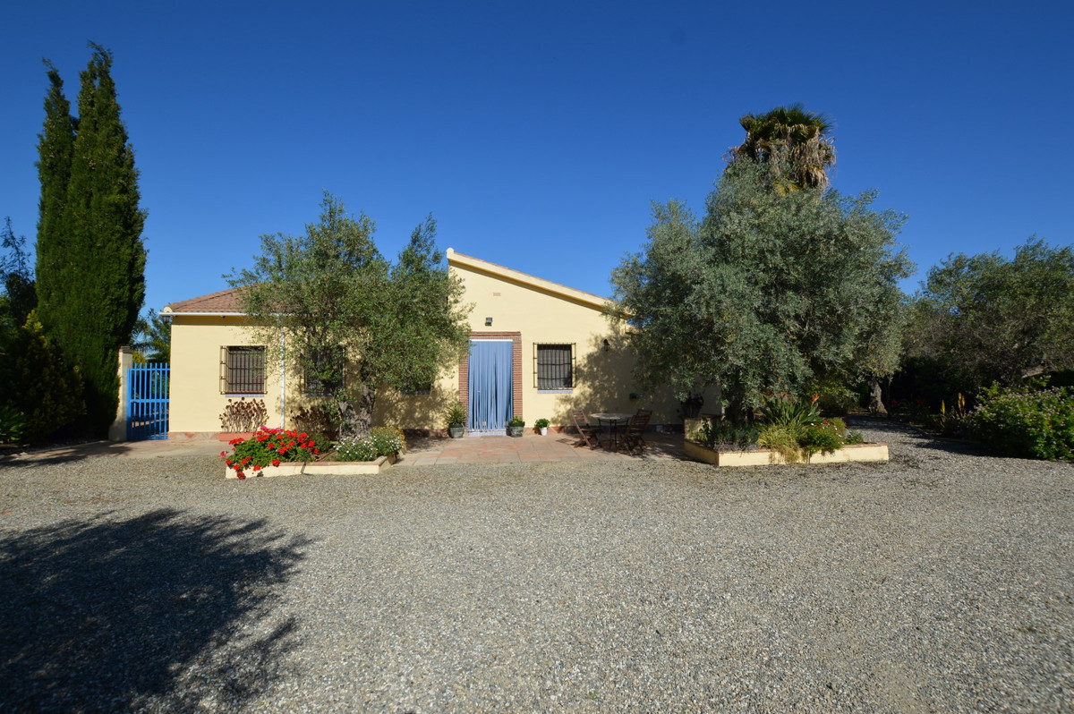 An opportunity to acquire a charming one level Finca ideal for enjoying as a Spanish holiday home in,Spain