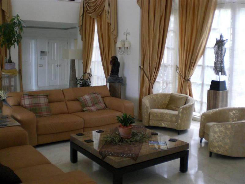 Se vende Villa – Chalet, Sierra Blanca – R125669