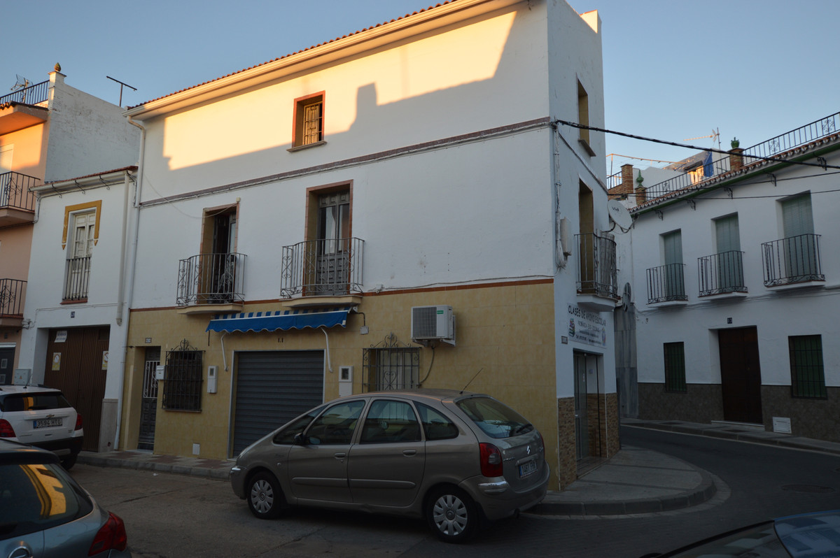 Townhouse for sale in Alhaurín el Grande