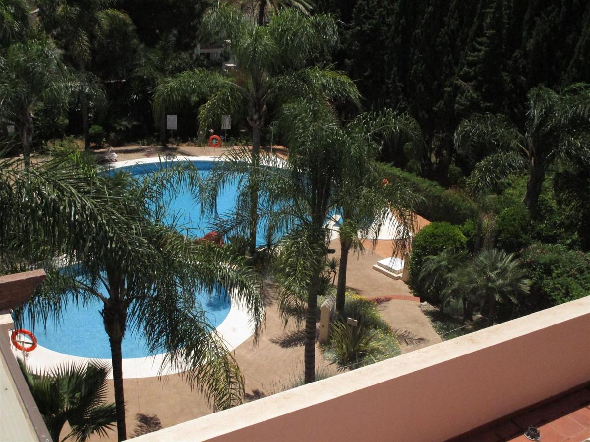 Andere zum Verkauf in Nueva Andalucía – R3658031