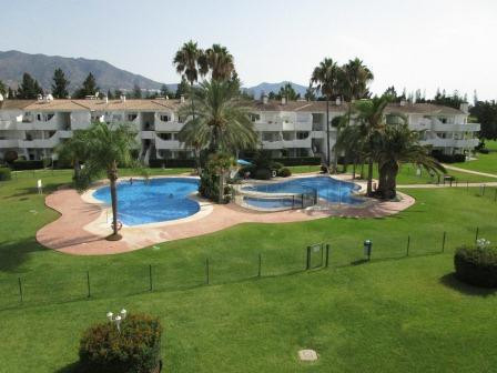 An excellent two bedroom top floor, penthouse apartment on the very popular urbanisation of Sitio De,Spain