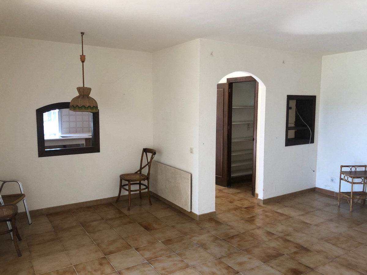 House in Atalaya R3680081 13